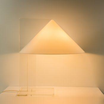 _MG_8374 45251200L 70's Harco Loor plexiglas tafellamp Design Vintage Retro Barbmama