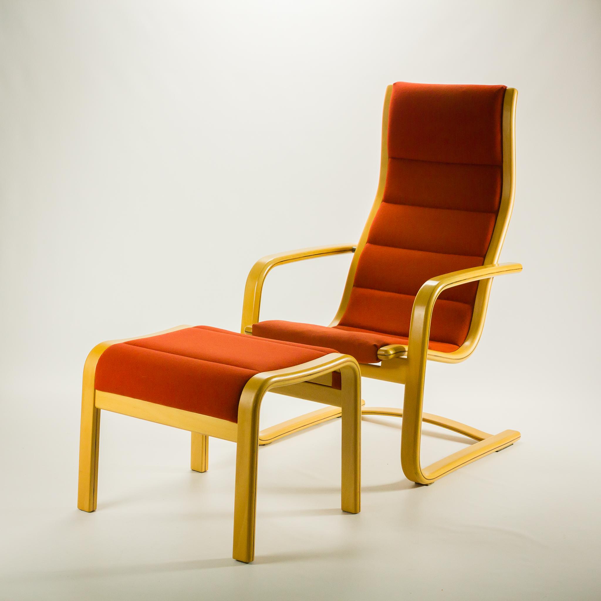 80 u2019s Swedese Lamello fauteuil hoge rug + hocker Yngve Ekstrom BarbMama