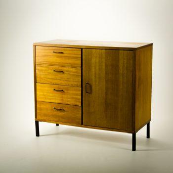 _MG_1207 54352100K 70's teak fineer ladenkast met deurtje Design Vintage Retro Barbmama