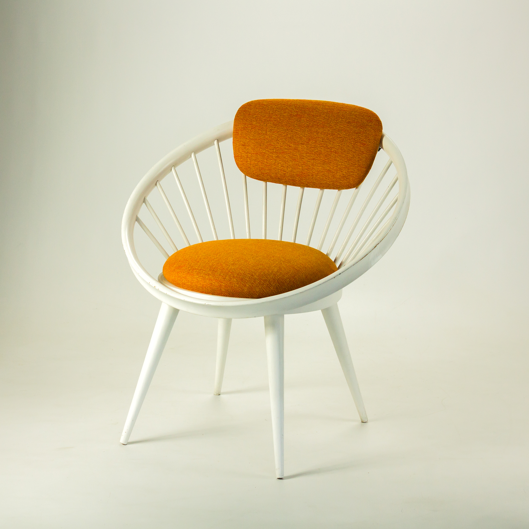 60 s Yngve Ekstrom circle chair wit oranje