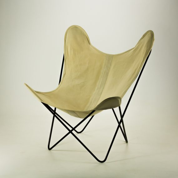 50 s knoll canvas butterfly fauteuil by jorge ferrari hardoy barbmama. Black Bedroom Furniture Sets. Home Design Ideas