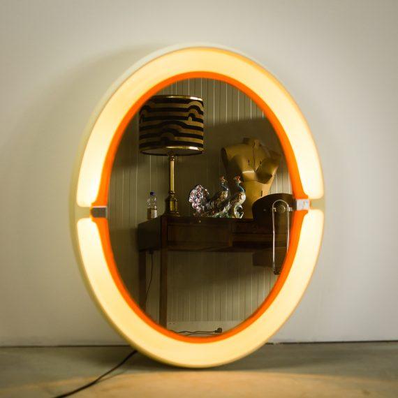 space age allibert a136 wand spiegel met licht barbmama. Black Bedroom Furniture Sets. Home Design Ideas