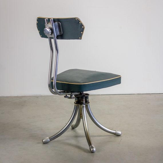 50 s frans industrieel design bureaustoel barbmama for Charles eames kopie