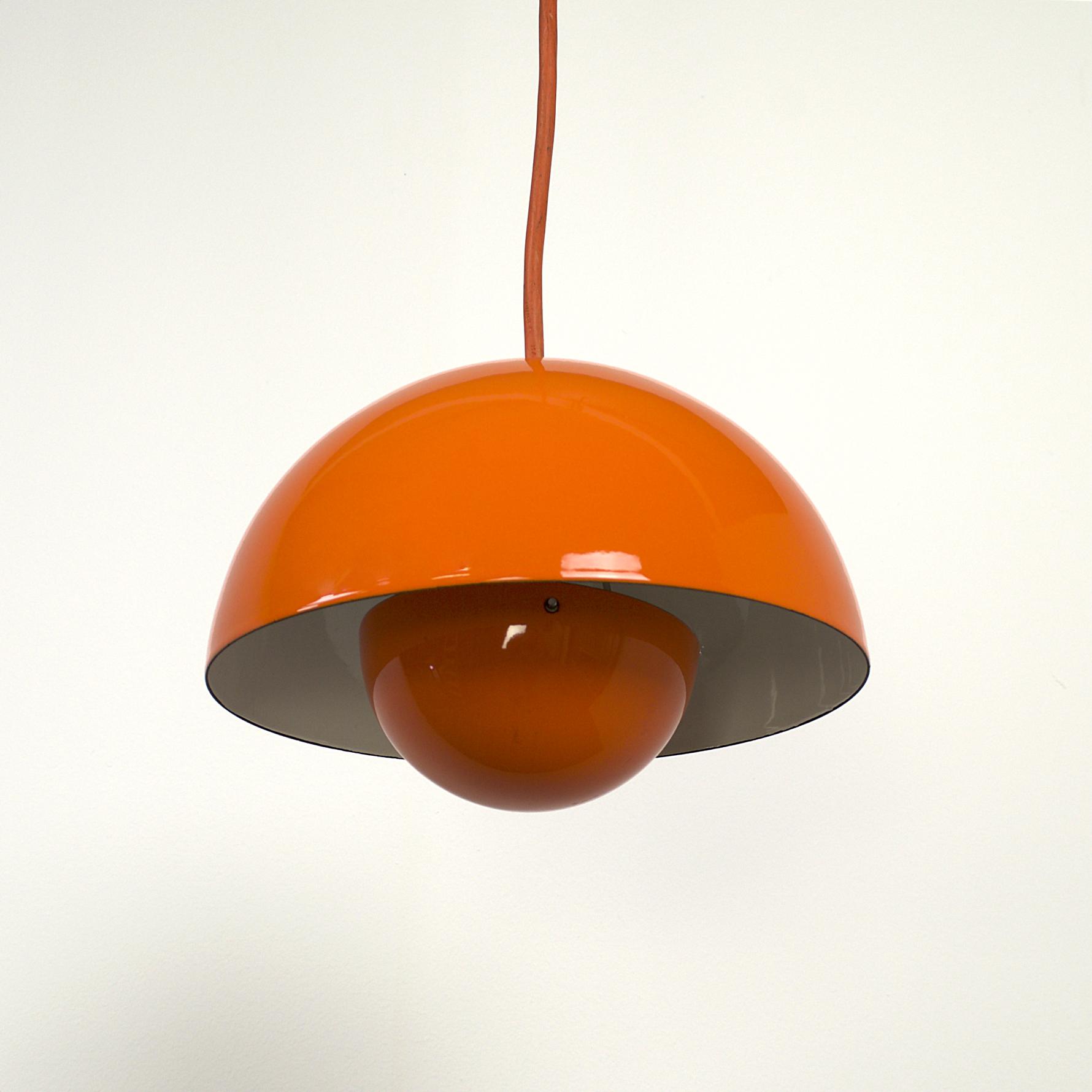 60s verner panton flowerpot hanging lamp for louis poulsen barbmama. Black Bedroom Furniture Sets. Home Design Ideas