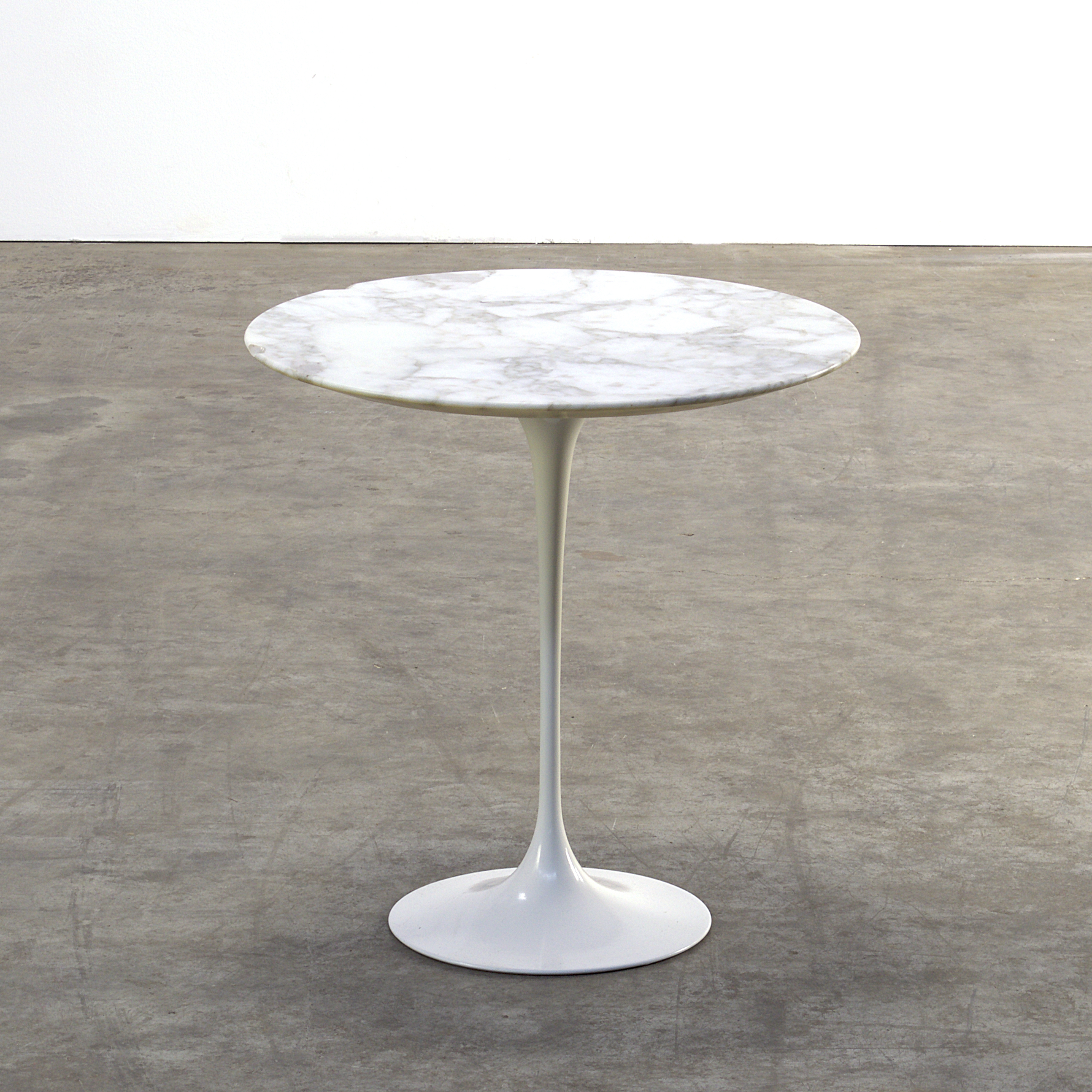 70 s eero saarinen tulip marble table for knoll barbmama. Black Bedroom Furniture Sets. Home Design Ideas