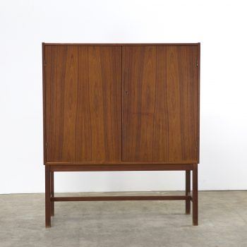 0412017KK-Nils Jonsson-troeds-vreta-dressoir-wandmeubel-teak-vintage-retro-design-barbmama-002