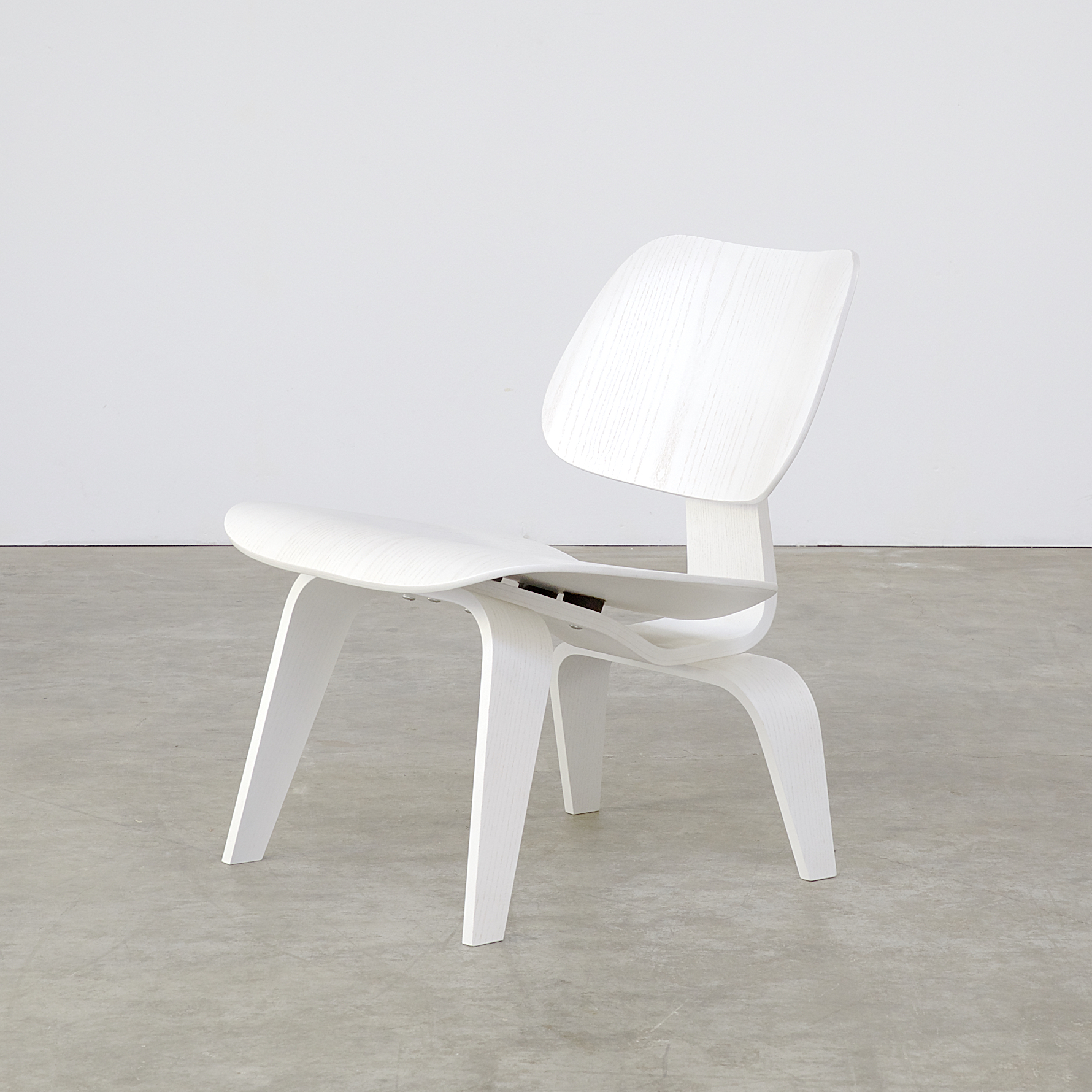 eames fauteuil Designer, : Charles and Ray Eames