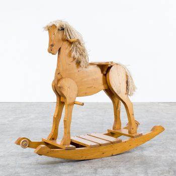 0529037OO-wooden-rocking horse-hobbelpaard-vintage-retro-design-barbmama-001