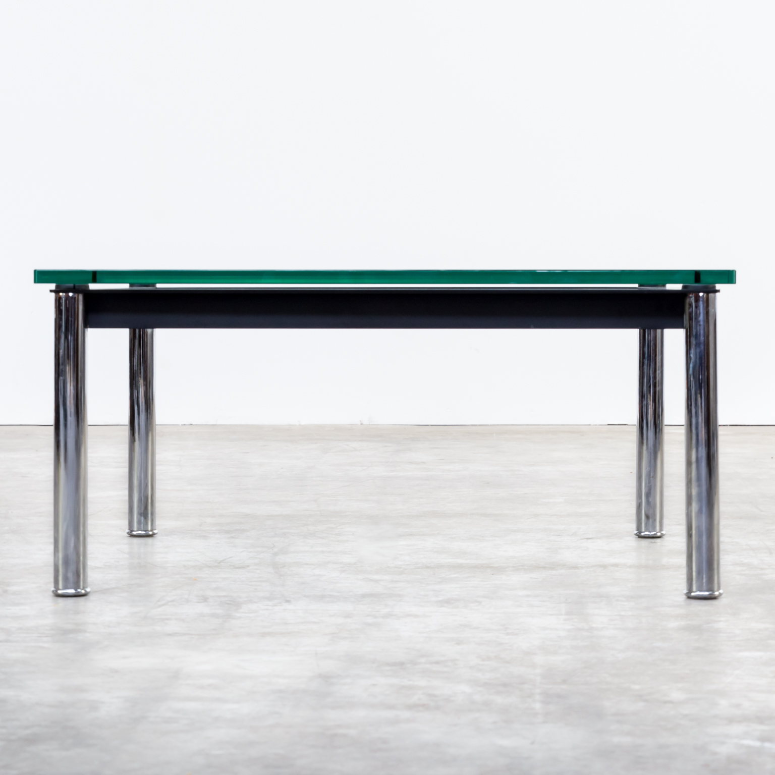80s le corbusier lc10p no 3965 coffee table glass for cassina barbmama - Table basse le corbusier ...