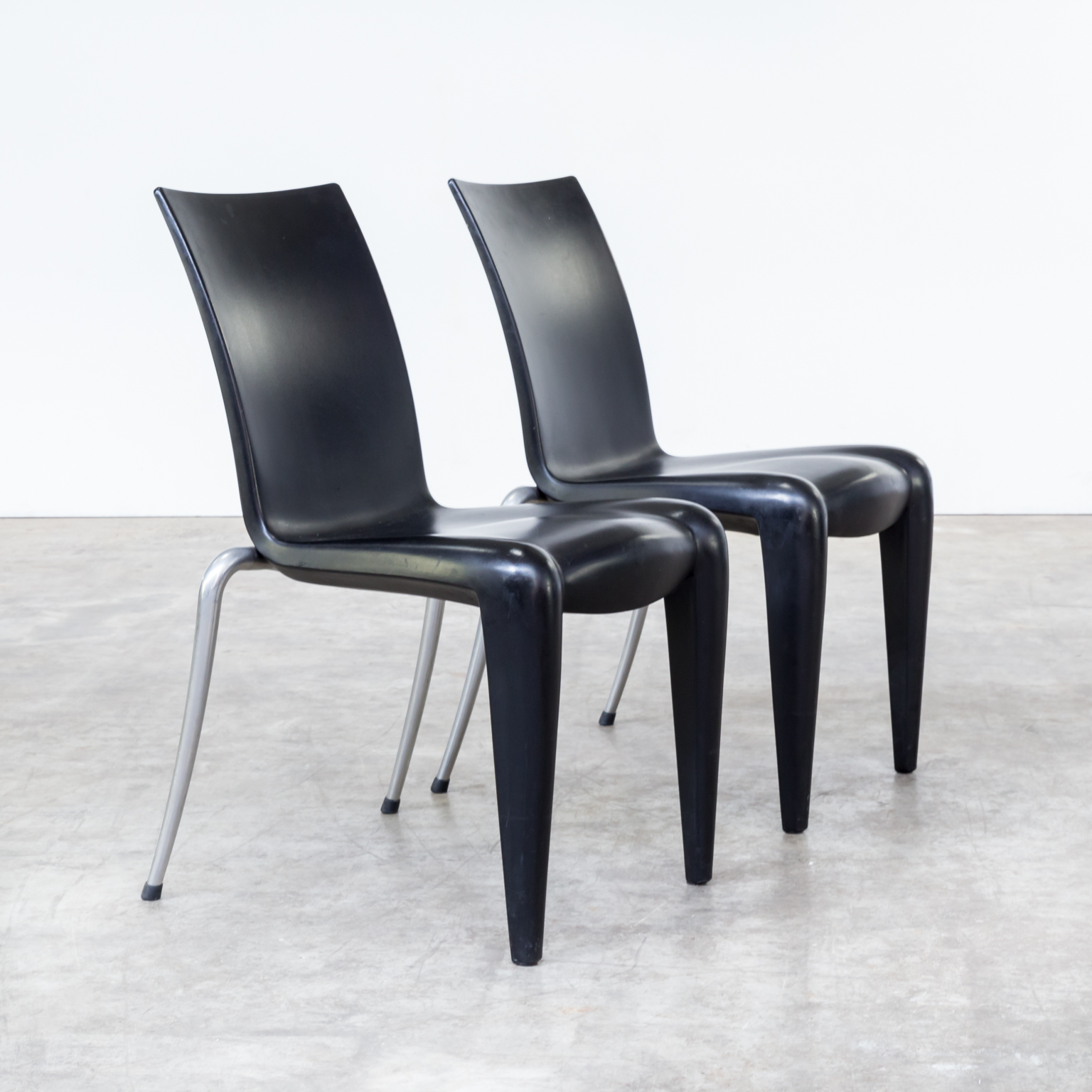 90s philippe starck louis 20 chairs for vitra set 4 barbmama. Black Bedroom Furniture Sets. Home Design Ideas
