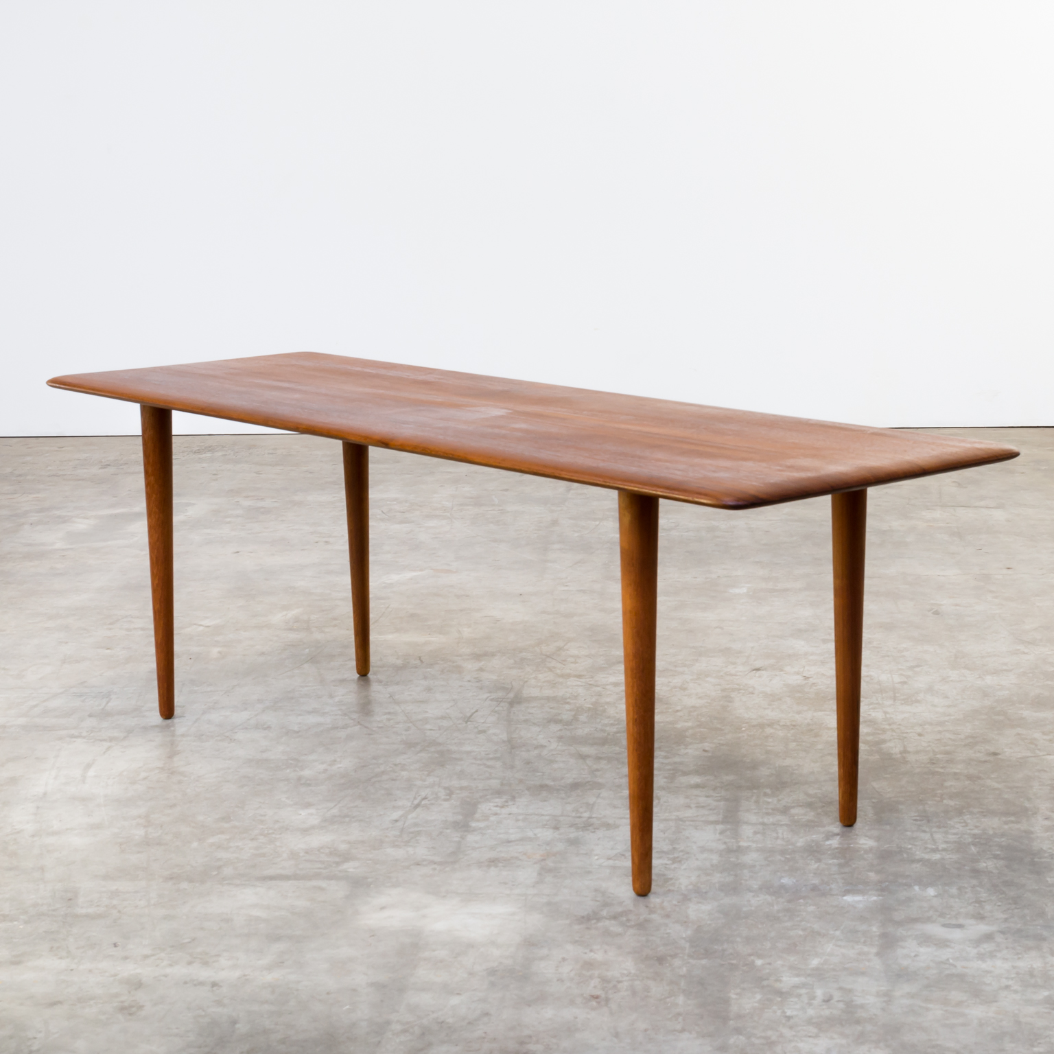 60s Peter Hvidt FD156 design coffee table for France & Son