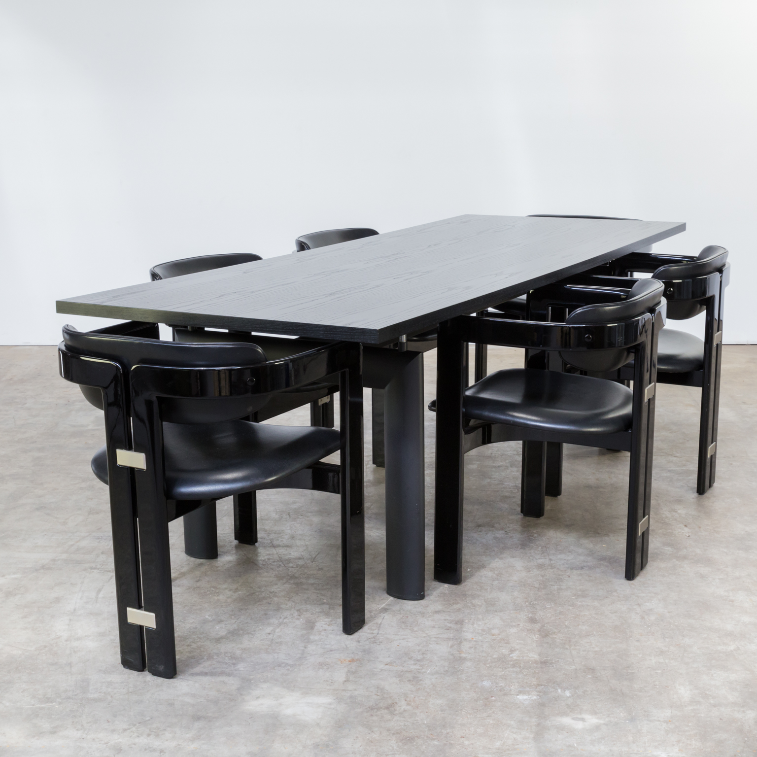 80s le corbusier lc6n nr 47905 dining table for cassina barbmama. Black Bedroom Furniture Sets. Home Design Ideas