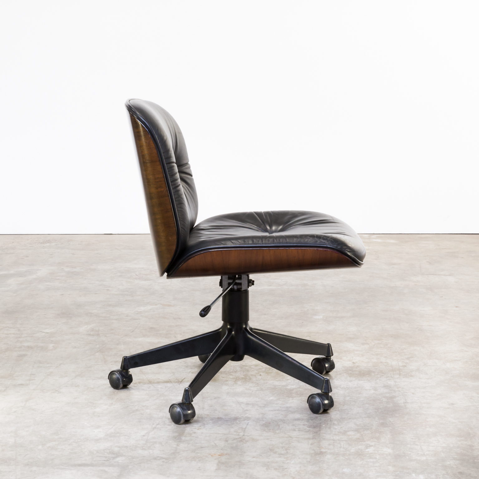 60s ico parisi desk chair for mim design barbmama for Designer chairs from the 60s