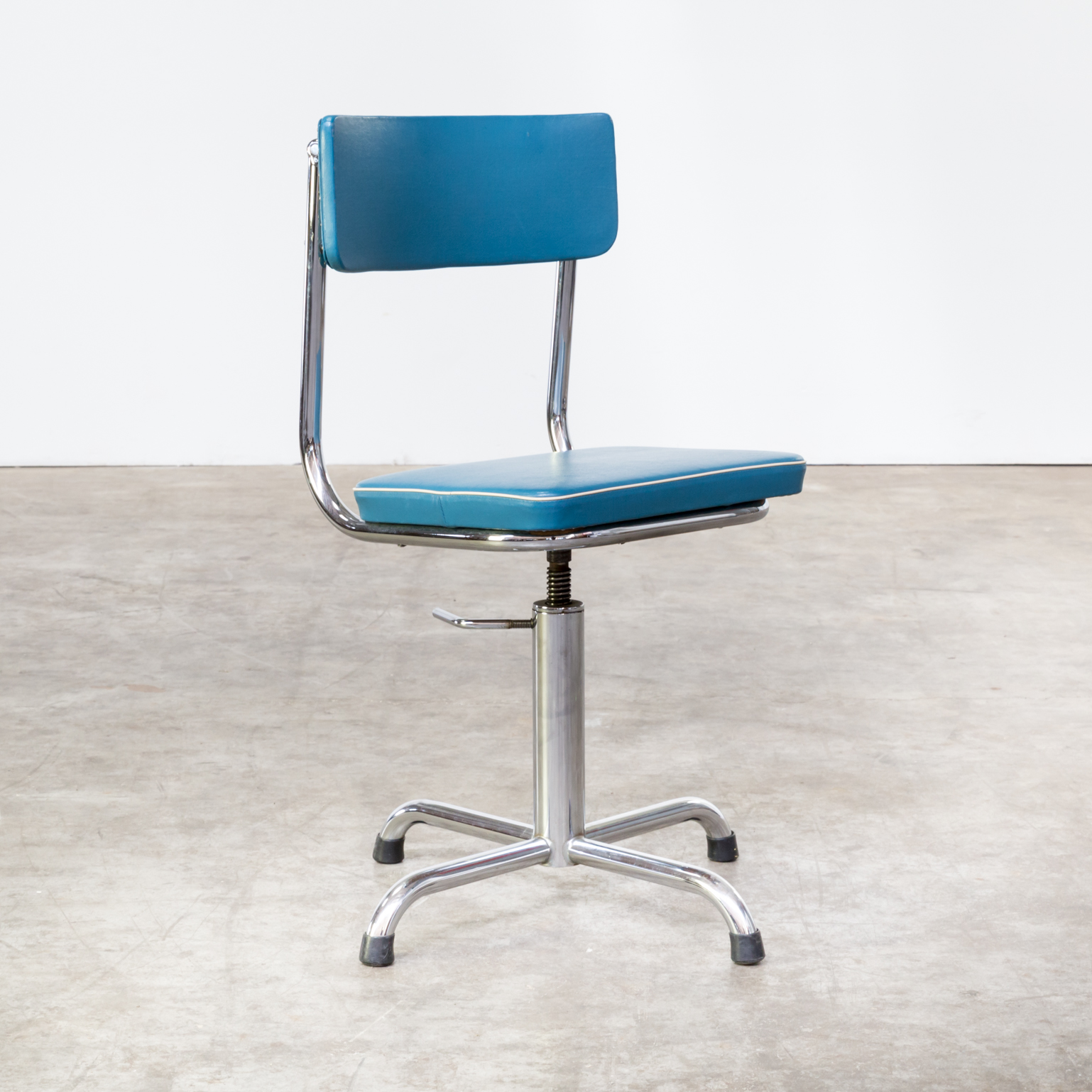 0814067zst Office Chair Desk Small Blue Trim Vintage