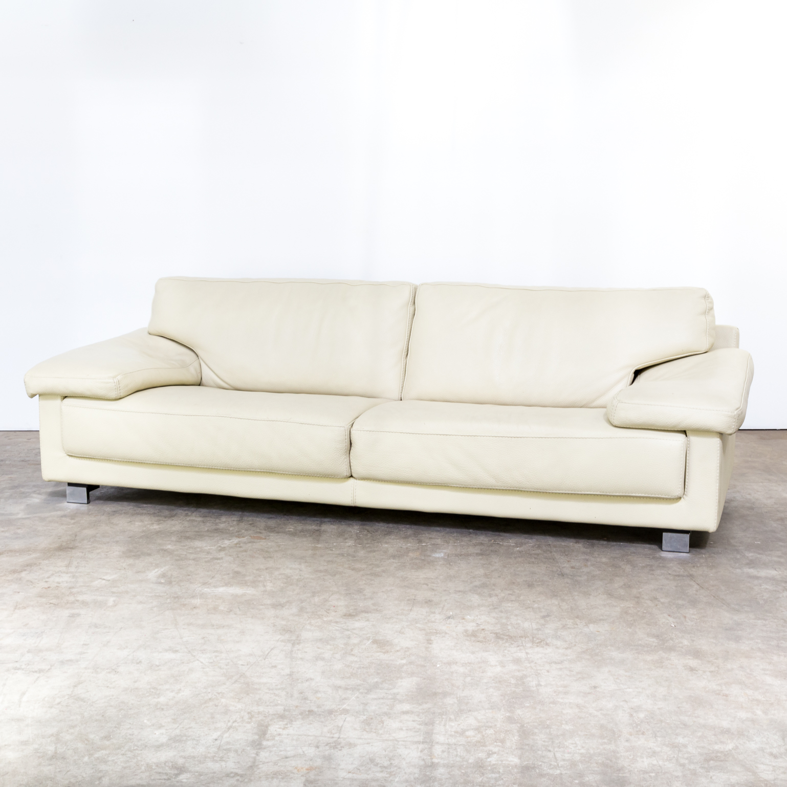 100 Roche Bobois Couch Sofa For Sale