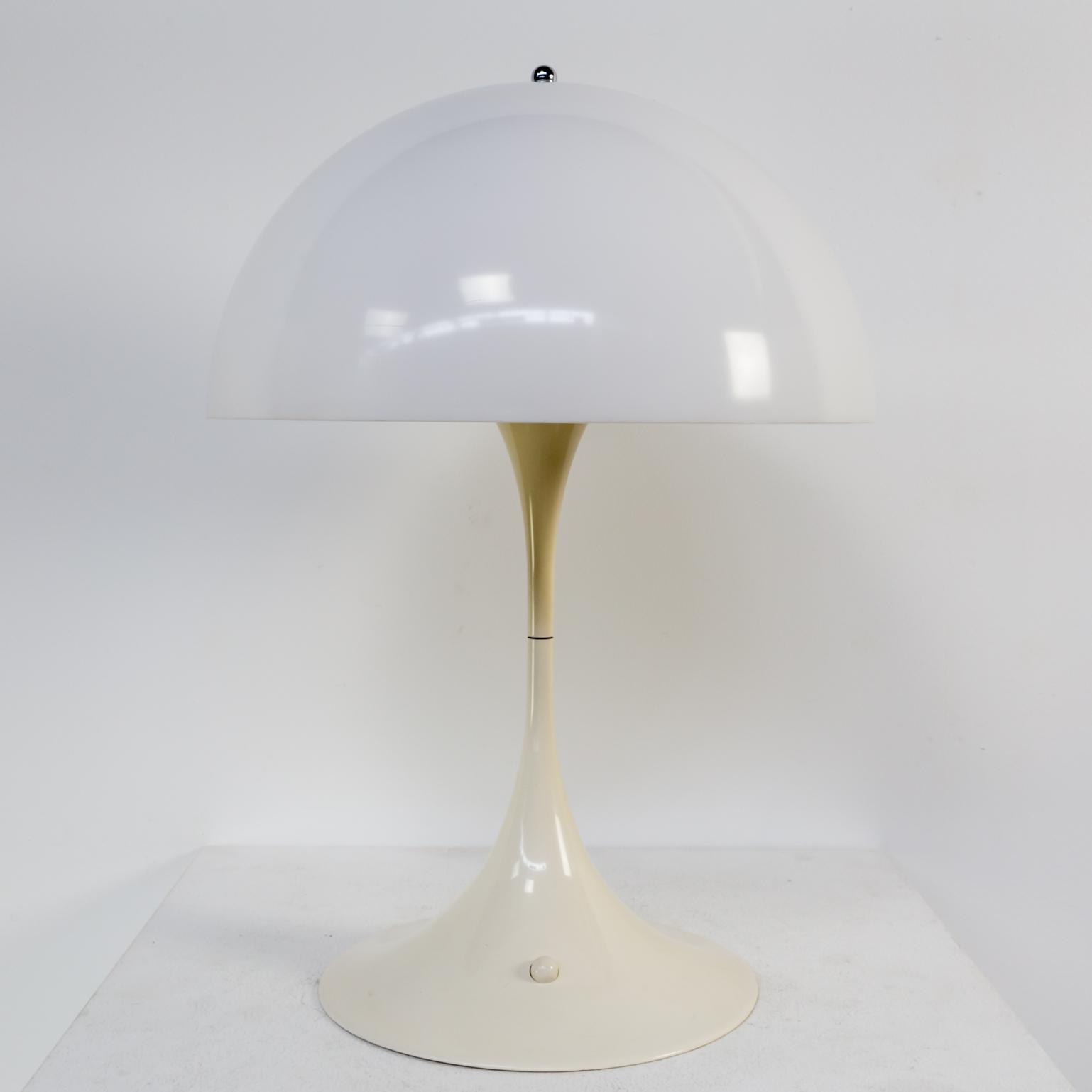 60s verner panton panthella table lamp louis poulsen barbmama 1128067vt louis poulsen panthella verner panton tafellamp vintage retro aloadofball Choice Image