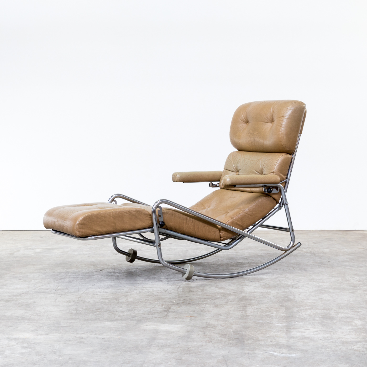 60s french lounge rocking chair by lama barbmama for Lounge chair kopie