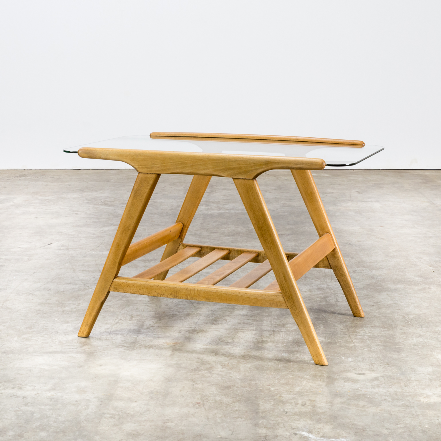 50s Cesare Lacca oak side table glass table top