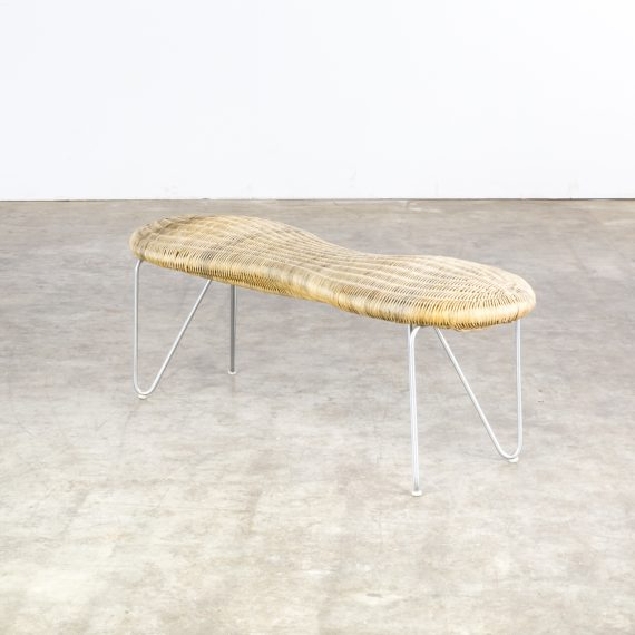 0213127ZK-wicker-metal-peanut-stool-chair-kruk-vintage-design-retro-barbmama-1001