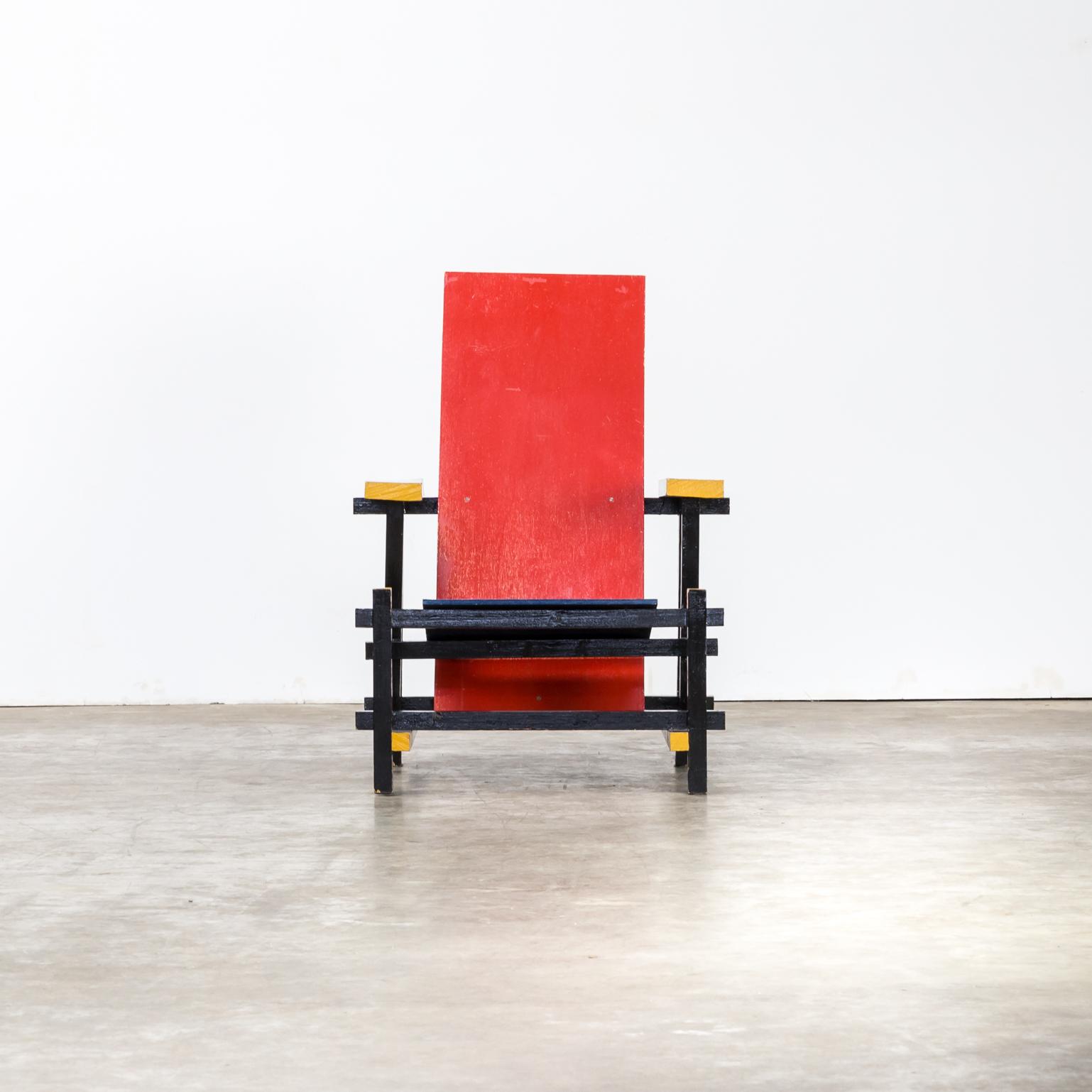 Replica gerrit rietveld handmade red and blue fauteuil for Design replica