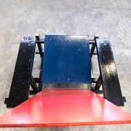 0331018ZST-replica-gerrit rietveld-blue and red-fauteuil-chair-stoel-vintage-retro-design-barbmama-8008