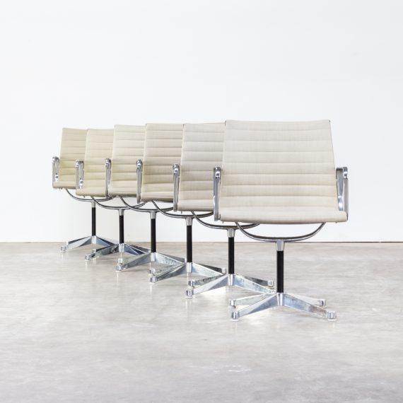 ray charles eames ea108 fauteuils for herman miller set 6 barbmama. Black Bedroom Furniture Sets. Home Design Ideas