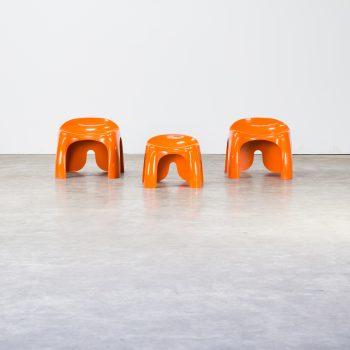 1207038ZK-artemide-stacy dukes-efebo-stool-kruk-orange-vintage-retro-design-barbmama-1001