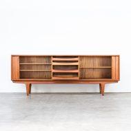 0216058KD-bernhard pedersen-sideboard-dressoir-schuifdeur-teak-pedersen en son-denmark-teak-vintage-retro-design-barbmama- (2 van 15)