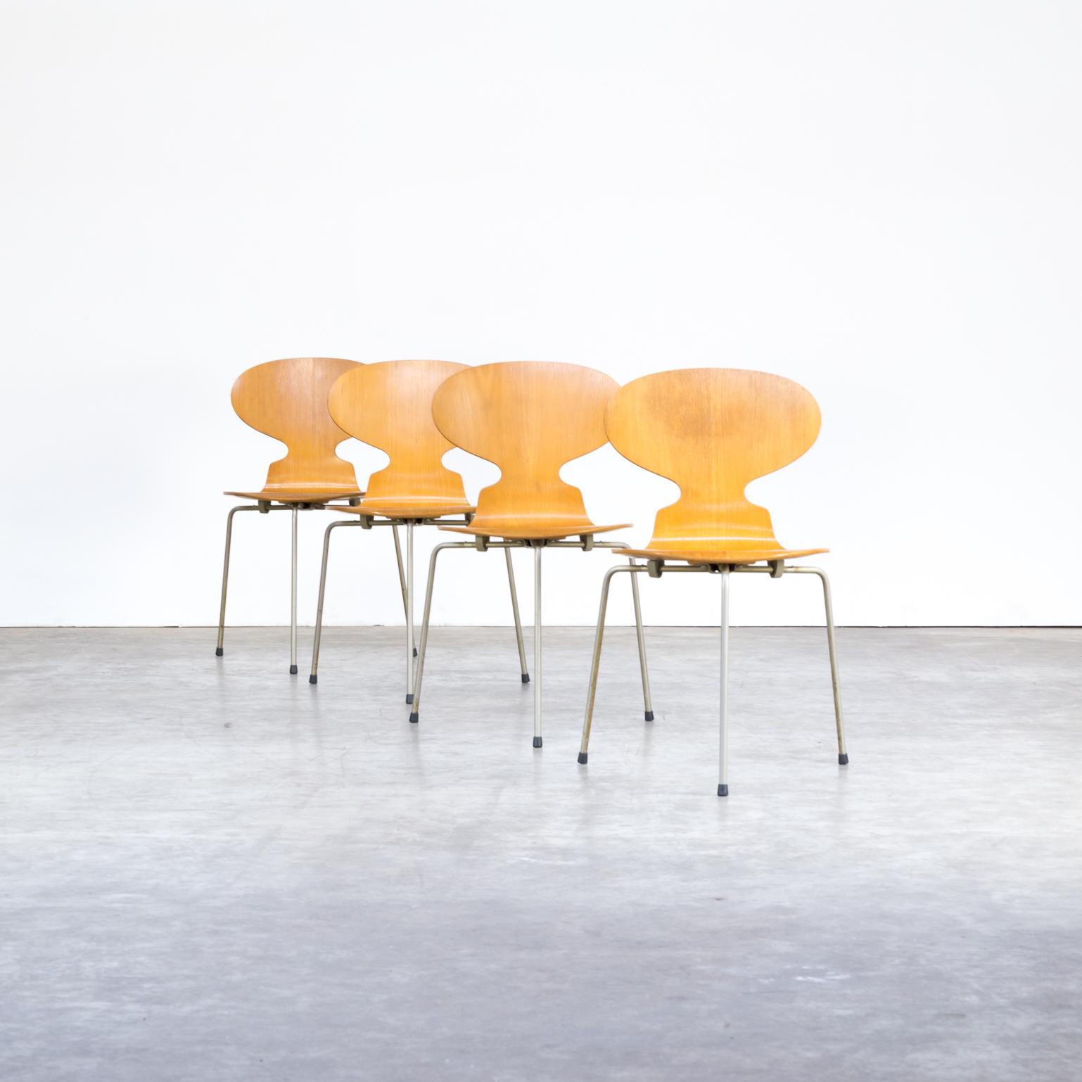 Fritz Hansen Design Stoelen.50s Arne Jacobsen Plywood Original Model 3100 Ant Chair For Fritz Hanzen Set 4